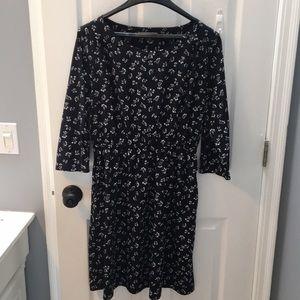 GAP navy 3/4 length cherry 🍒 dress! Light weight!